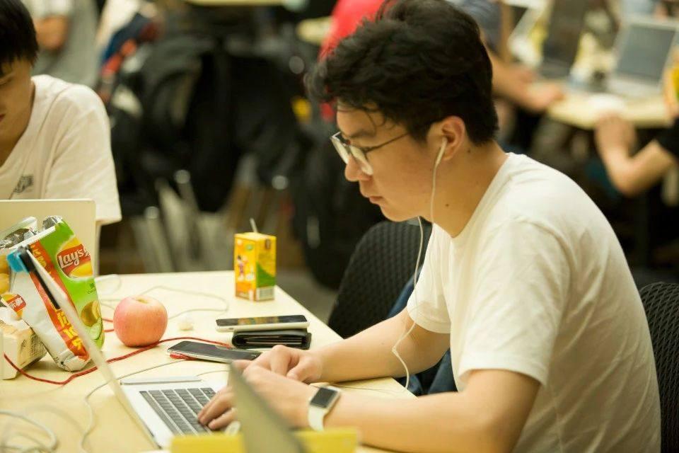我喜欢开发带给我的创造事物的感觉:专访郑昊天