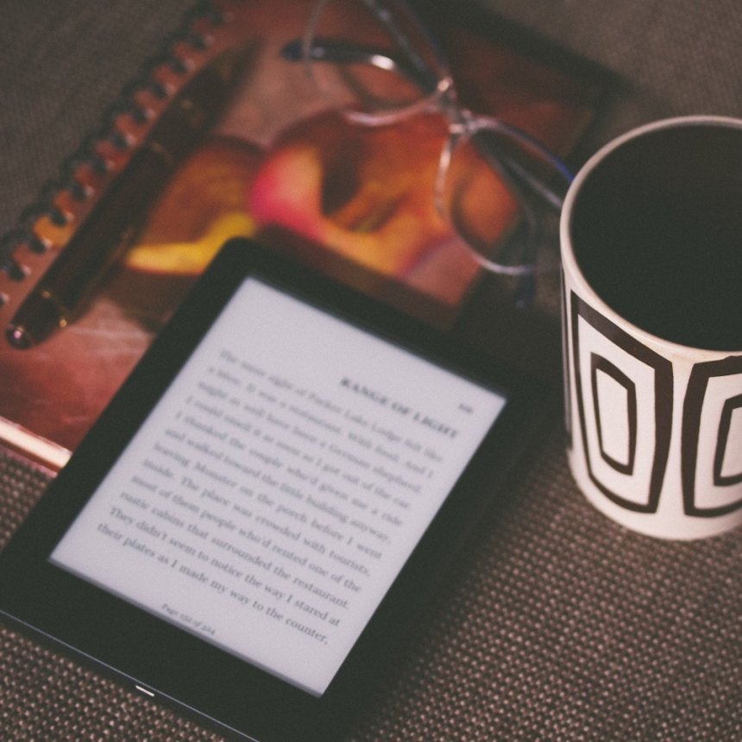 Episode 002 — 数字化时代的阅读介质